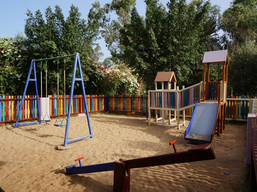 Agadir Strand: Spielplatz am Hotel